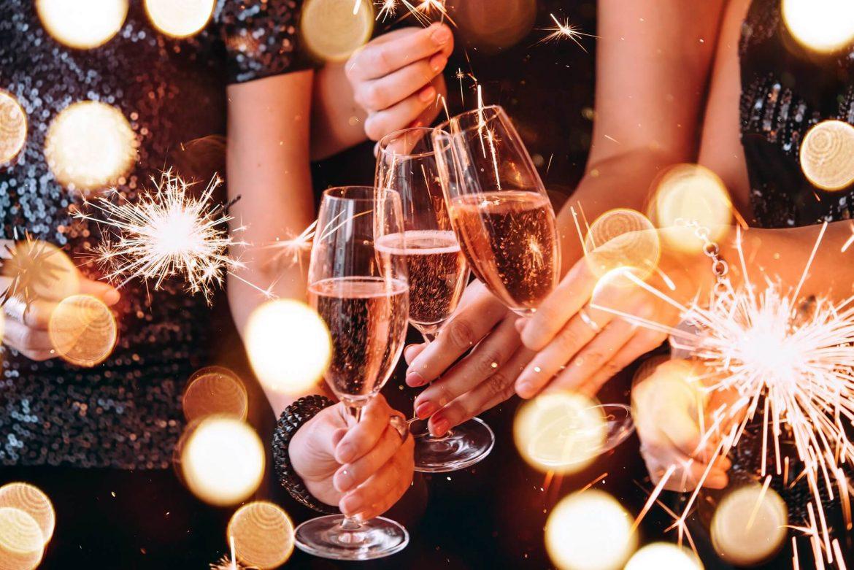 Petrecerile de Anul Nou au inceput mai devreme la munte si pe litoral