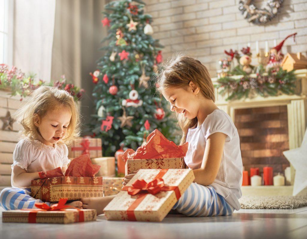 Cadouri si jucarii – Sarbatori magice pentru copiii tai