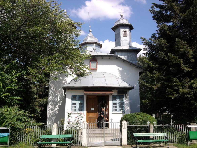 Manastirea Podul Bulgarului, un lacas in care te simti ca acasa